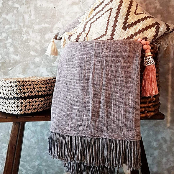 Grey Raw Cotton Throw With Fringe - Canggu & Co