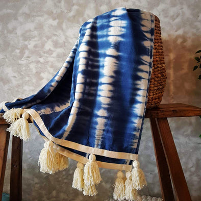 Navy & White Canvas Tie Dye Throw With White Tassels - Canggu & Co