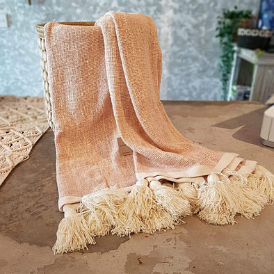 Light Pink Raw Cotton Throw With Tassels - Canggu & Co