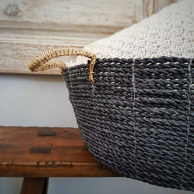 Black Raffia Round Basket - Canggu & Co