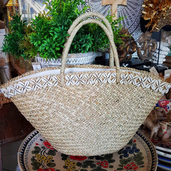 Large Natural Straw Grass Beach Bag With Shells - Canggu & Co