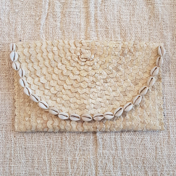 Natural Woven Pandan Leaf Fold Clutch With Shells