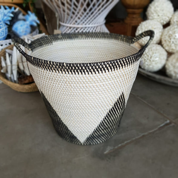 Round Diamond Pattern Rattan Home Baskets With Handles - Canggu & Co