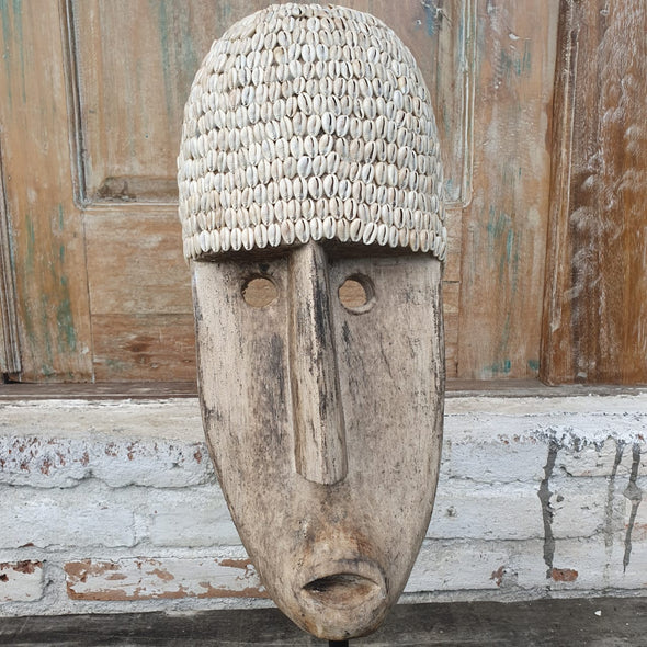 Antique Tribal Wooden Face Decor with Shell - Canggu & Co