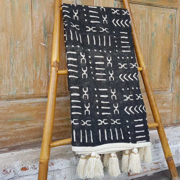 Black Abstract Motif Raw Cotton Throw With Tassels - Canggu & Co