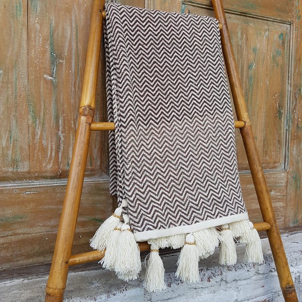 Brown Zigzag Pattern Motif Raw Cotton Throw with Tassels - Canggu & Co