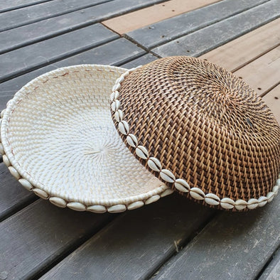 Brown Or White Rattan Bowls With Shells - Canggu & Co
