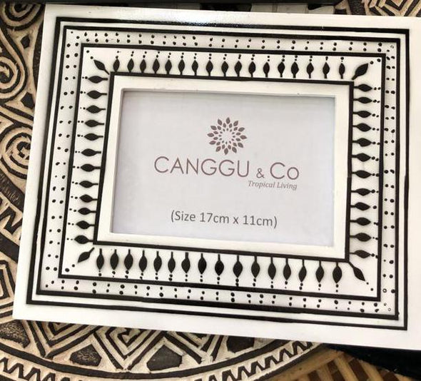 Black & White Resin Photo Frames - Canggu & Co