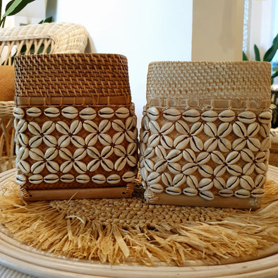 Small Rattan Box With Shell Motif
