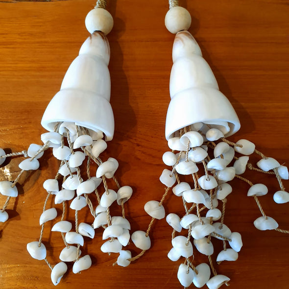 Long Shell & Bead Tassels With Shell Strands