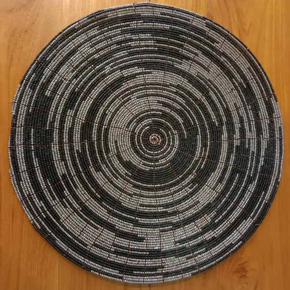 Round Beaded Pattern Dining Placemats