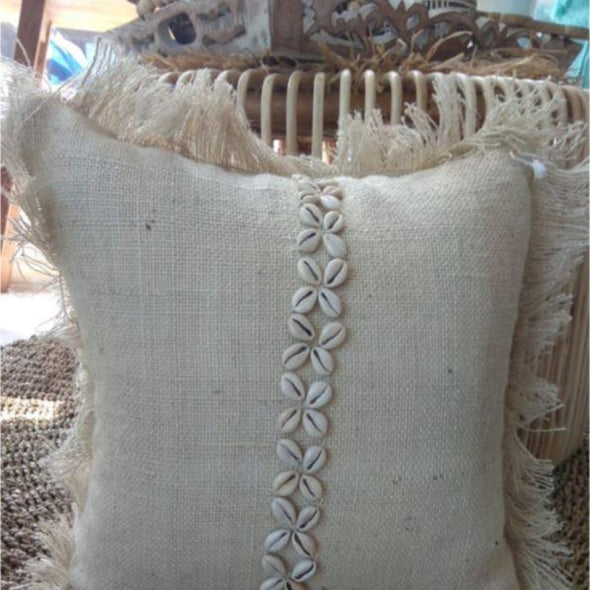 Jute Cushion With Shell Pattern And Fringe - Canggu & Co
