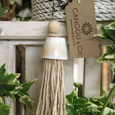 Shell Key Chains With Tassels