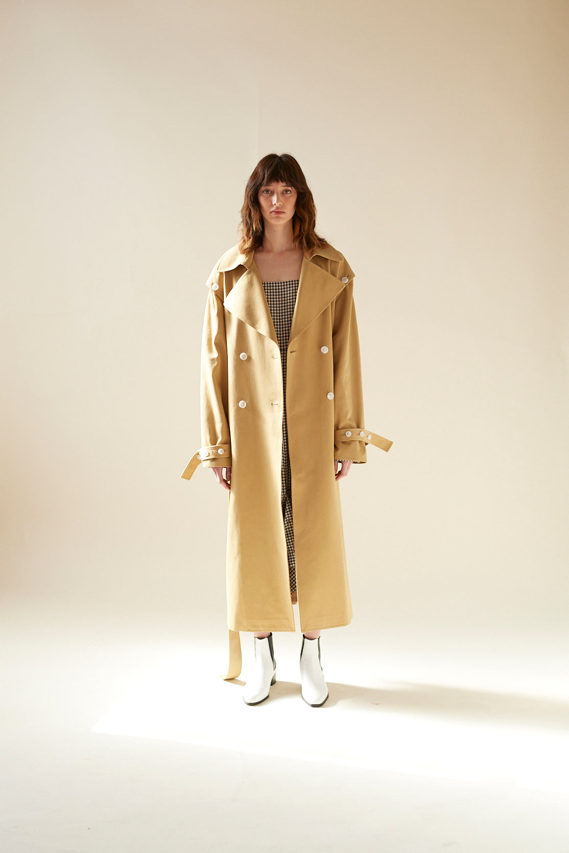 Button Trench Coat (Beige)