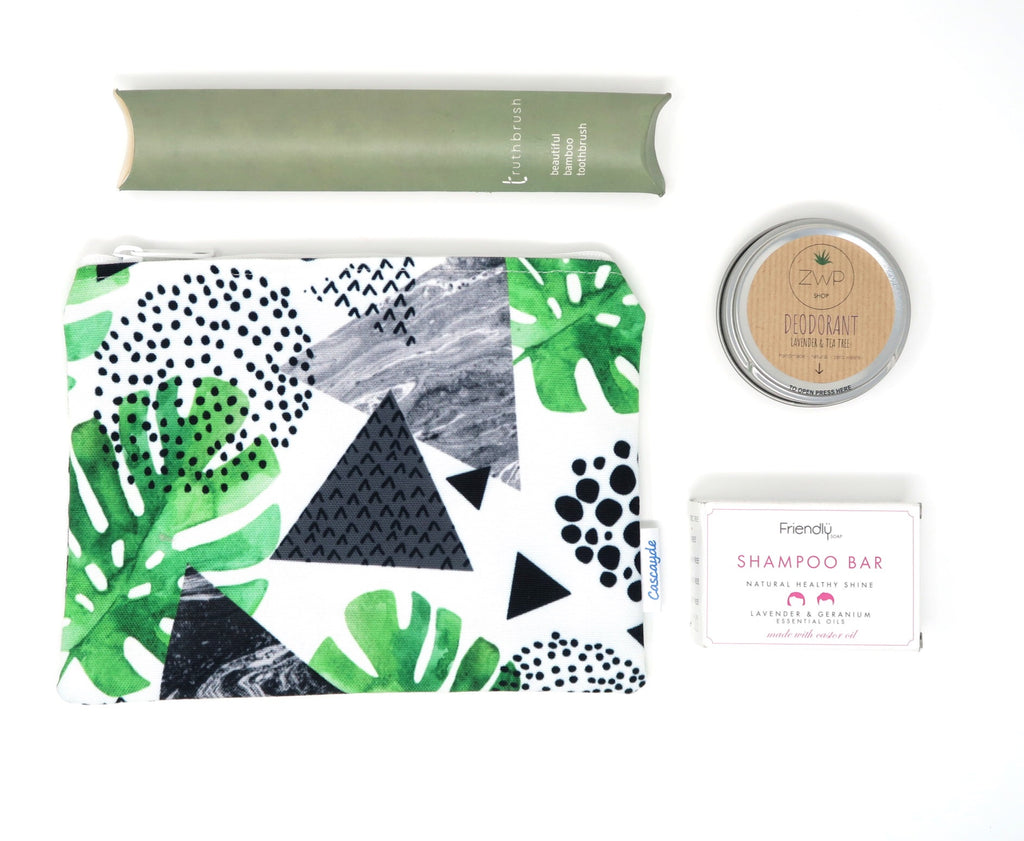 eco gift set with green leaf design bag