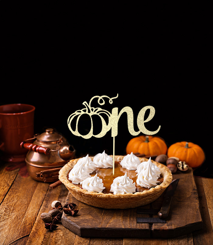 One (pumkin) Cake Topper
