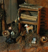 Primitive Cubby Box with Putz Sheep