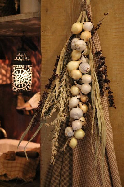 Primitive Onion Corn Tassel Garland for Your Buttery