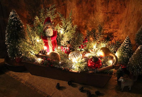 Unusual Wooden Box Belsnickle Greens Light Up for the Holidays