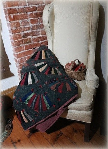 Wool Hand Tied Quilt Bold Fan Design Cozy