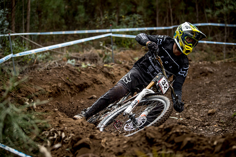 INTENSE IN WORLD CUP RACING TODAY FROM LOUSA IN PORTUGAL