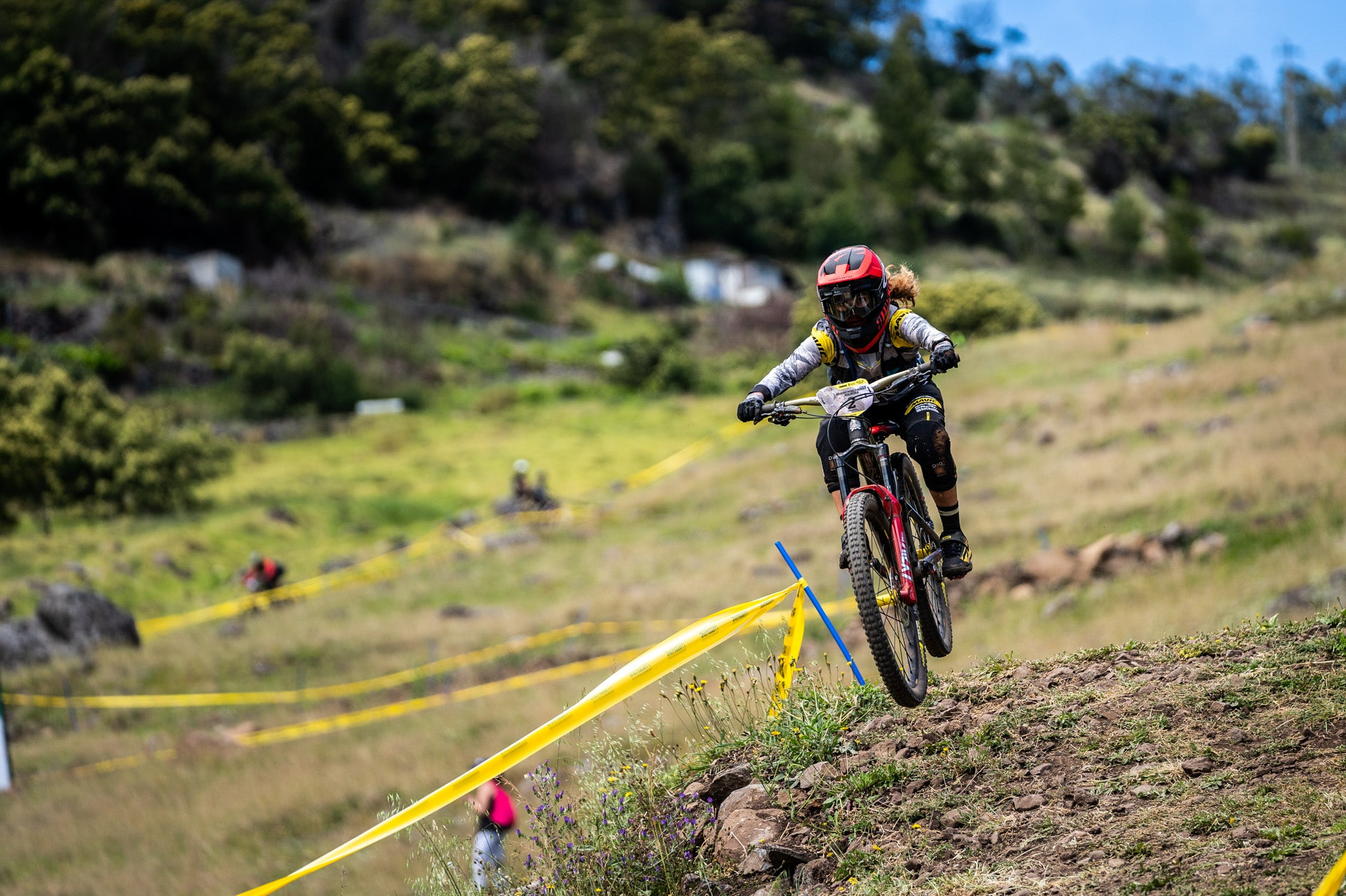 Isabeau Courdurier - Intense Mavic Collective - Enduro World Series #3 Maderia - Portugal