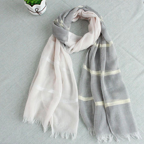 Pashmina color hueso y gris