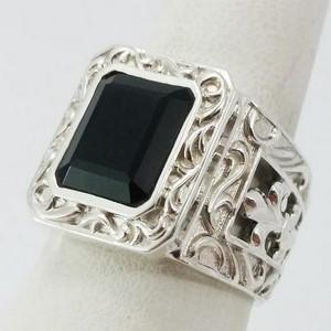signet ring with onyx