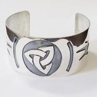 Celtic arm bracelet