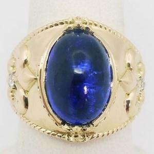 Gold signet ring with lapis lazuli stone