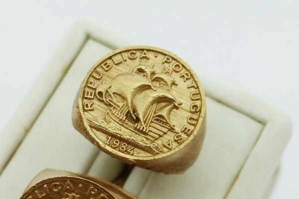18k gold coin ring design from casting process
