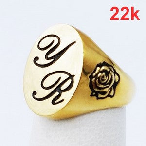22 karats gold signet ring with family initials