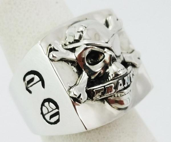 Skull biker signet ring in silver