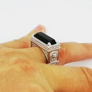 lion signet ring with onyx