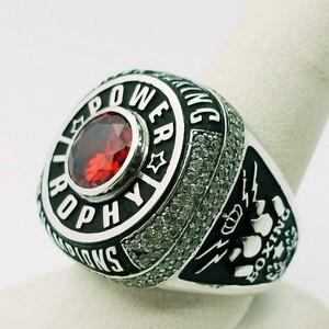Boxing signet ring