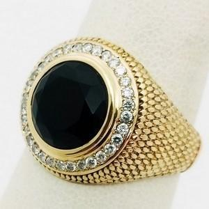 Gold signet ring with onyx and diamonds