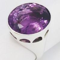 episcopal ring with amethyst
