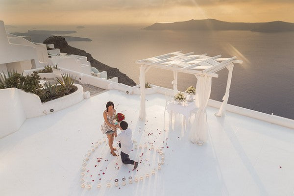 rooftop proposal in Greece