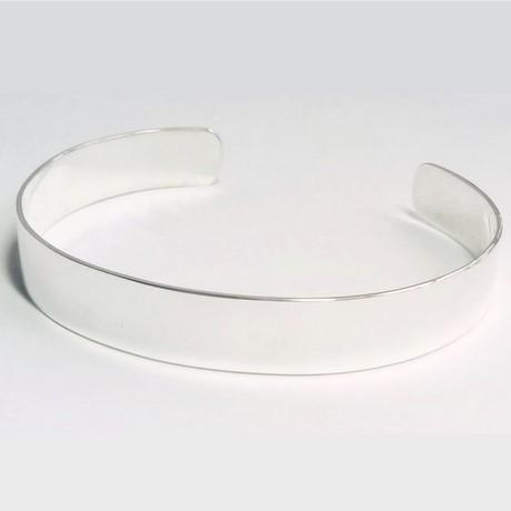 Smooth arm bracelet