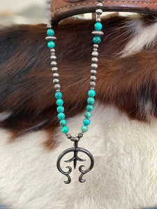Navajo Pearl Necklace with Naja and Turquoise Accent