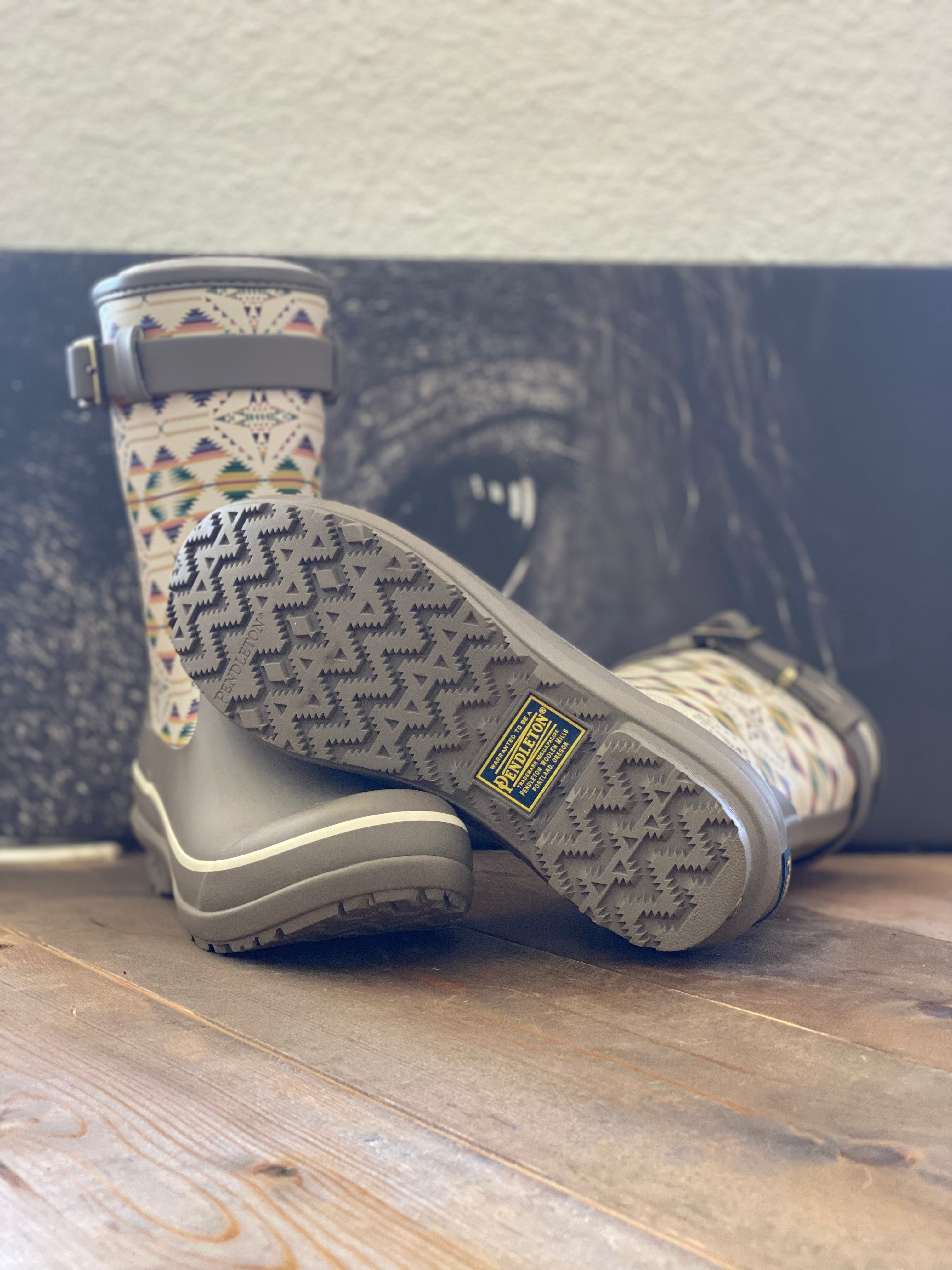 Pendleton Heritage Falcon Cove Short Rain Boots in Taupe