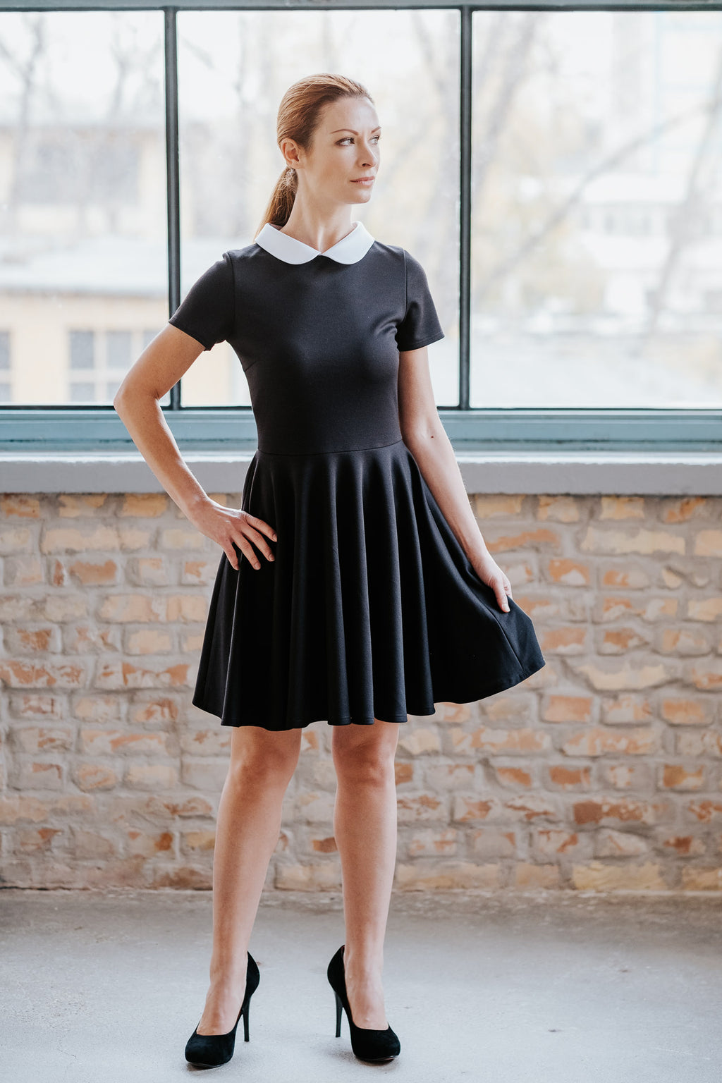 Short sleeve little black dress with white collar in Dress - New York Black Dress