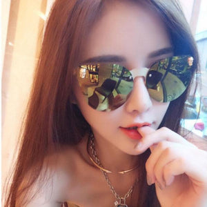 Women Gothic Fashion Designer Sunglasses. (Alloy Frame + 6 Colors Available)