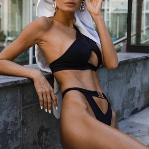 One Shoulder High Cut Buckle Push Up Thong Two Piece Bikini. (3 Colors Available)