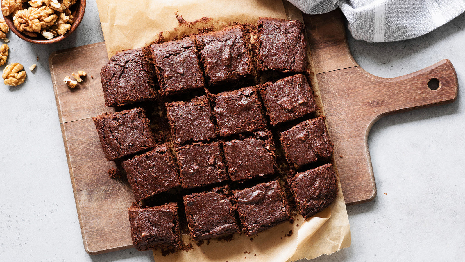 Healthy + Delicious, No-Flour Vegan Brownies