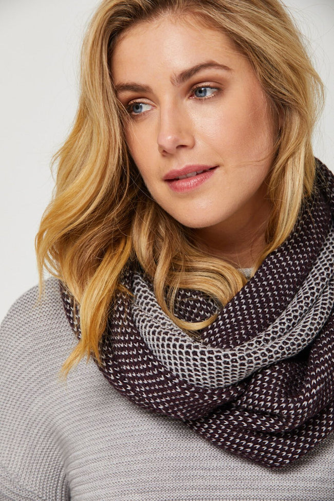 Mesh Loop Merino Scarf - Wildberry