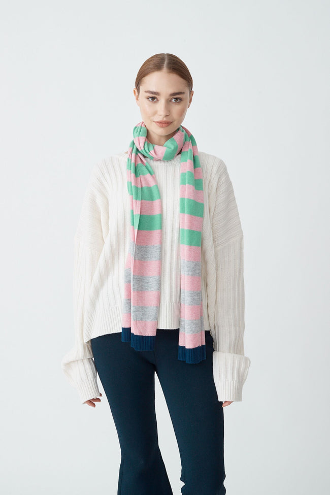 Womens Molly Scarf - Tickled Pink/Husky