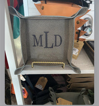 Load image into Gallery viewer, Monogrammed Valet Trays