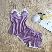 Women brand lavender pajamas set
