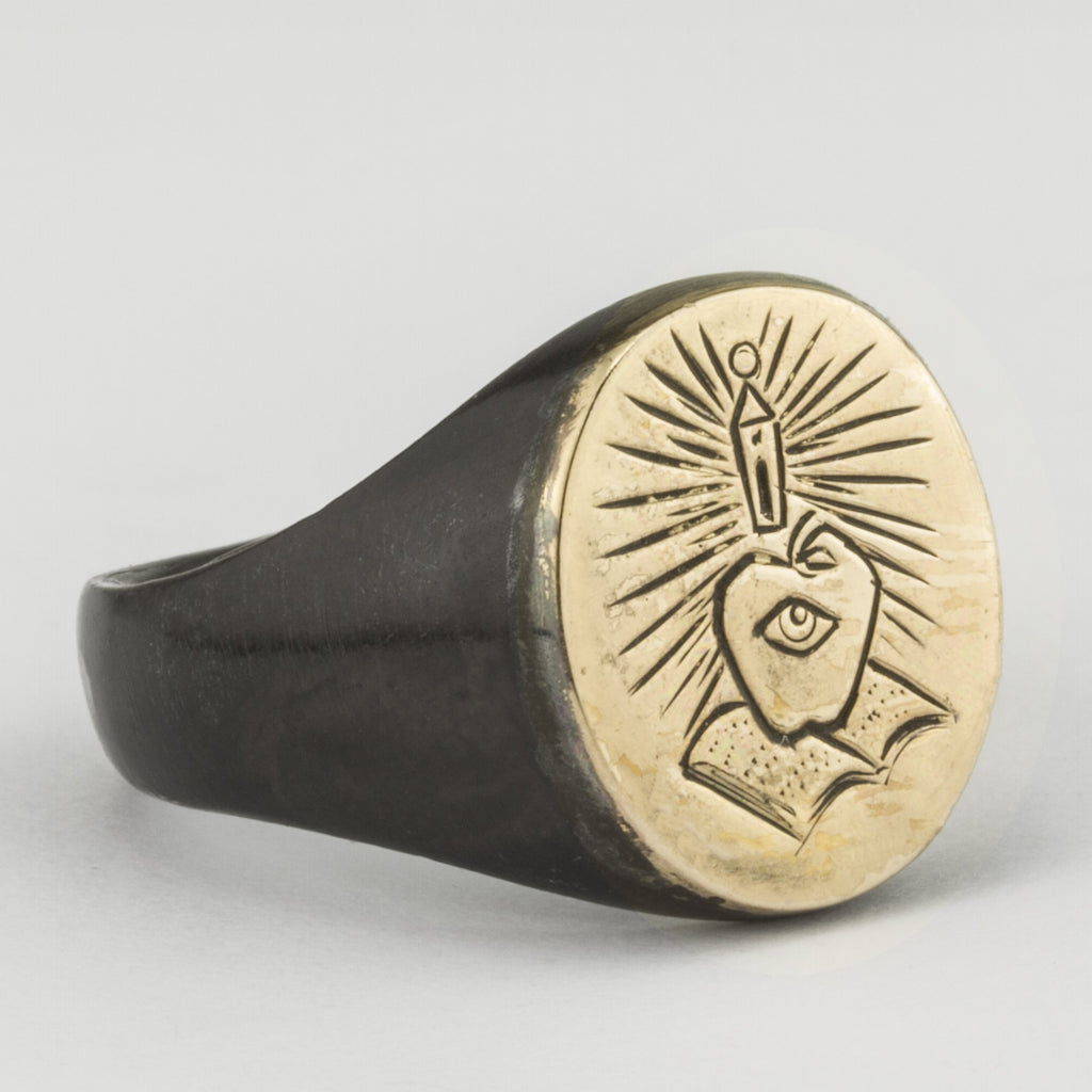 Illuminor Gold Top Signet Ring